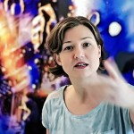 Julia Kellerbrandt ist heute als freie Künstlerin tätig, stetig weiter auf der Suche nach dem Experimentellen