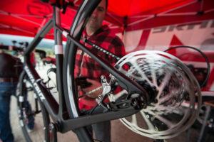 eine Scheibenbremse am Fahrrad