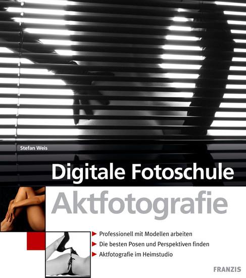 Aktfotografie - Blick ins Buch